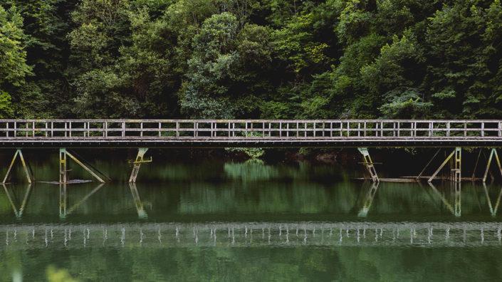 puente en embalse en quirós asturias