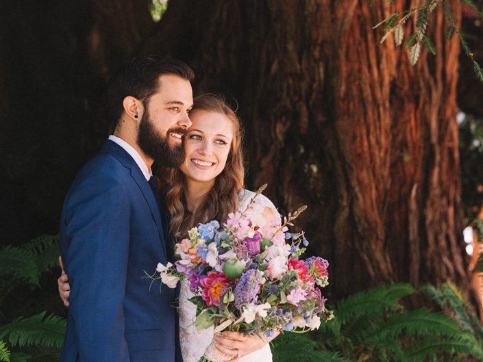boda en un bosque de sequoias california