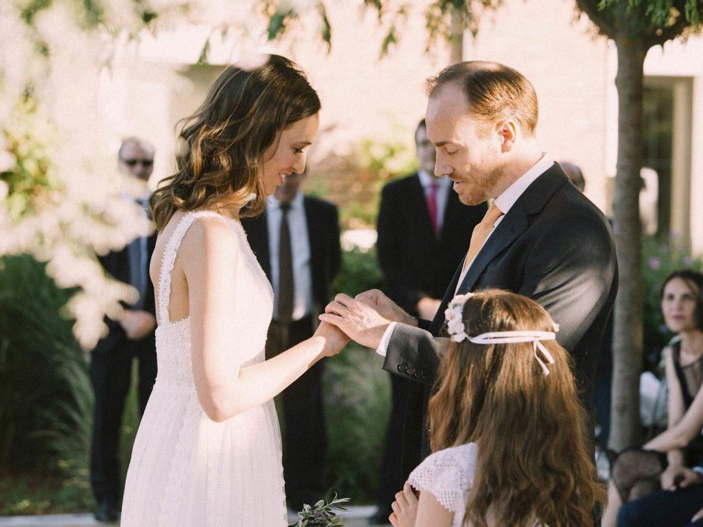 anillos en boda al aire libre en madrid