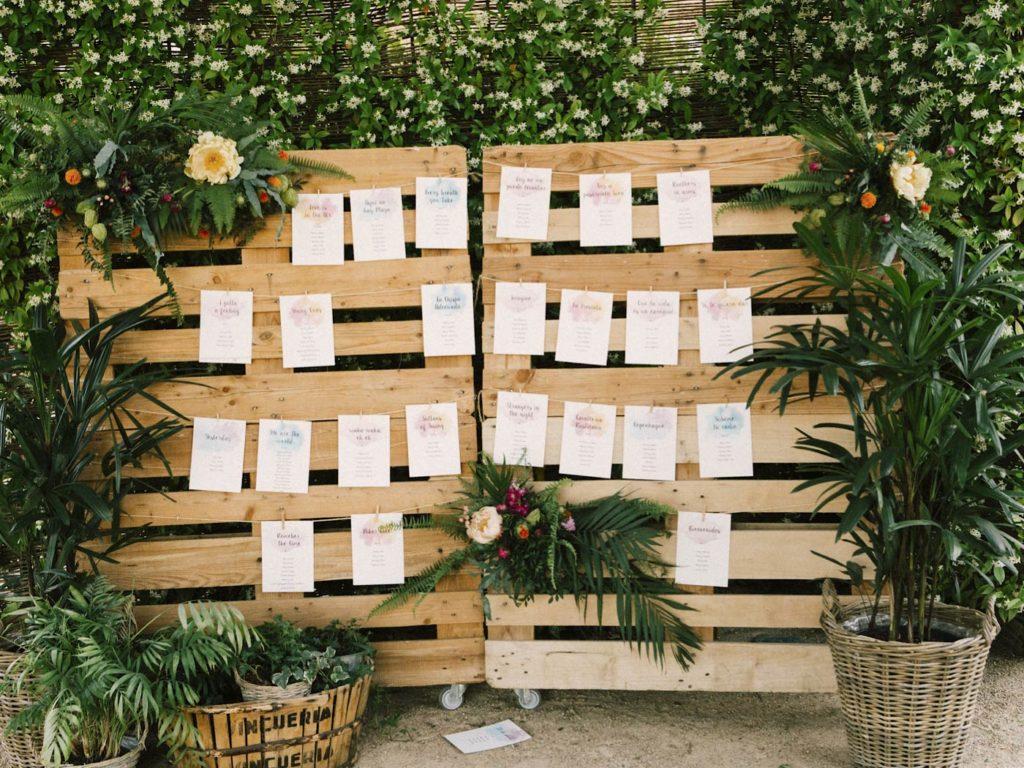meseros y decoración de boda