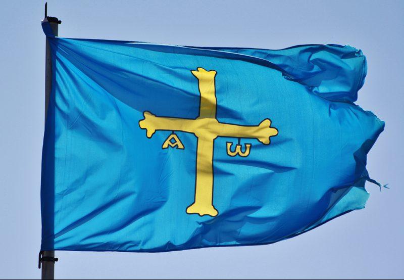 Bandera de Asturias fotografo de bodas en asturias Oliveira Foto